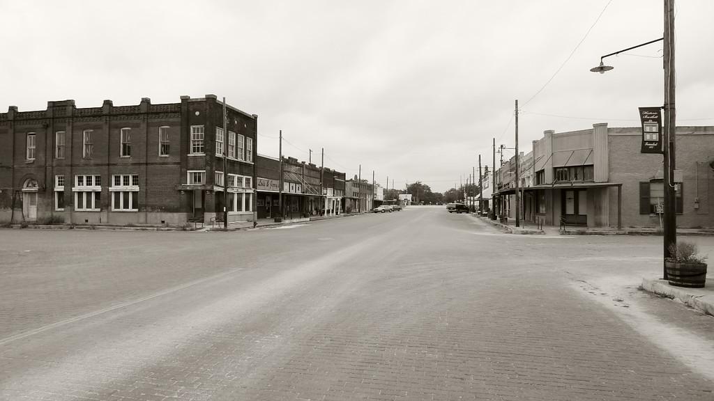 Main Street Bartlett, TX