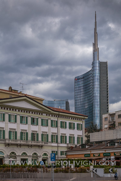 Hotel NH Palazzo Moscova (Unicredit Tower in the background) - Ex Hotel Moschino