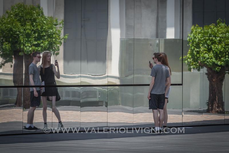A selfie in front of the movie theater at Prada Foundation - un selfie di fronte alla Sala Cinema della Fondazione Prada
