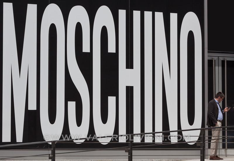 Moschino's Showroom in Porta Nuova - Showroom Moschino a Porta Nuova