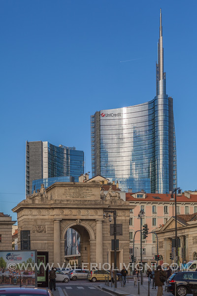 Porta Garibaldi and Unicredit Tower in the background