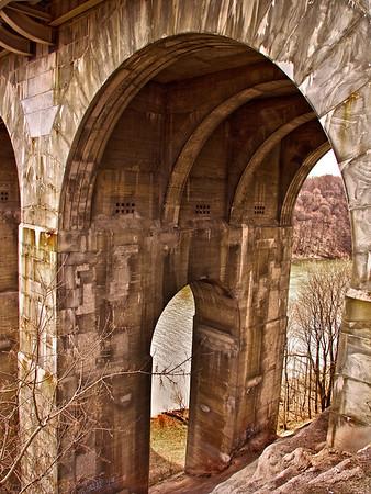 Veterans Memorial Bridge in Rochester, N.Y.