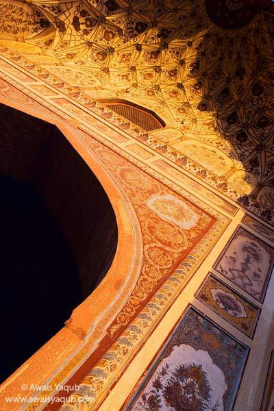 1st light of morning strikes on beautiful details of Badshahi mosque