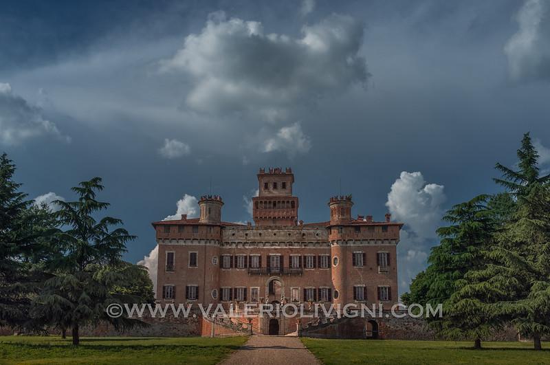 Castle of Chignolo Po or Procaccini castle (front) - Castello di Chignolo Po o Castello Procaccini (fronte)