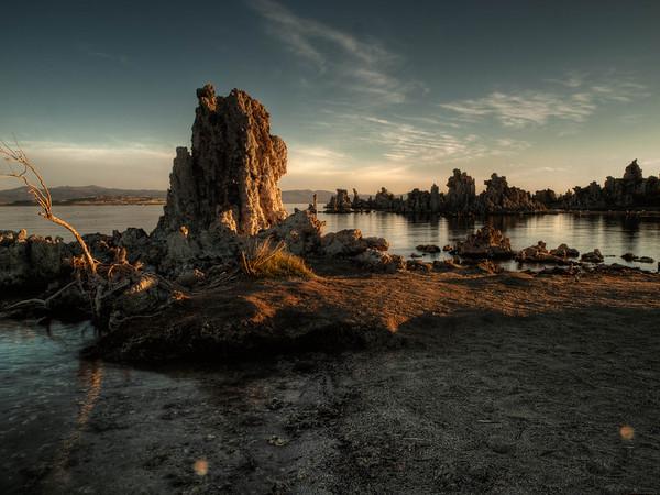 <center><b>Mono Lake - September 2012</b></center>OLYMPUS DIGITAL CAMERA