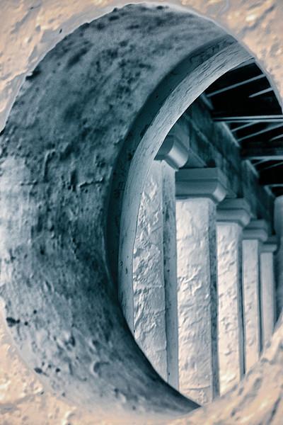 "WPP1216  ""Window to the Columns"""