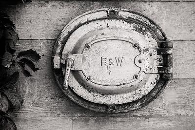 B&W II