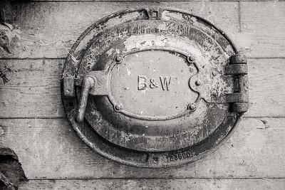 B&W III