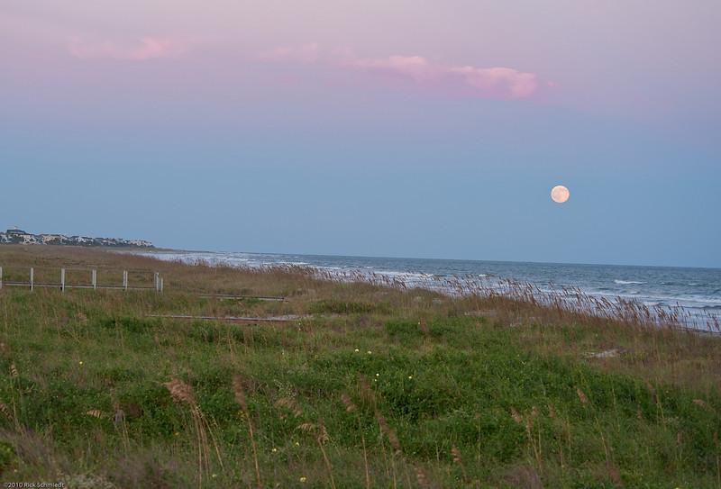 Moonrise and Sunset Fall Equinox 2010-111