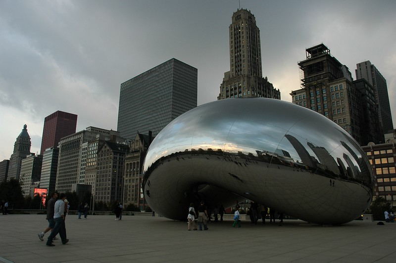 "The ""Bean"" and the Chicago Skyline"