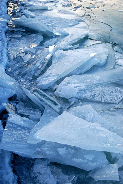 Chunks of Ice<br /> <br /> Chicago, illinois