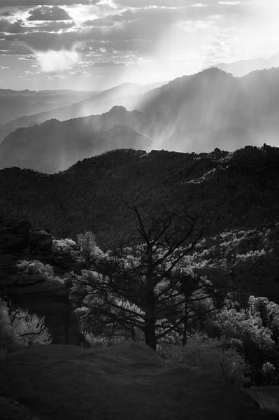 Enshrouded Mountains