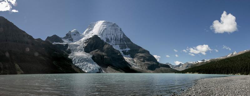 At Berg Lake looking at Mount Robson - halfway of an epic day hike, Canada 2006