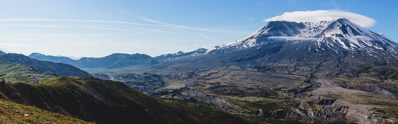 Mt St Helens from Loowit Viewpoint (Dual-Screen Wallpaper) 03