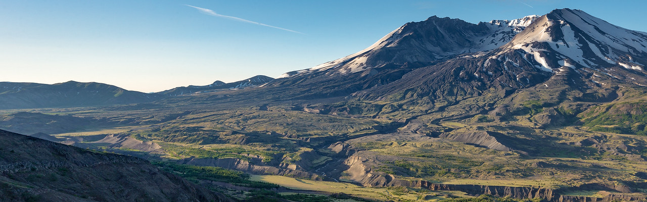 Mt St Helens from Loowit Viewpoint (Dual-Screen Wallpaper) 02