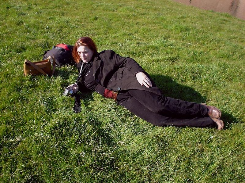 Thh Duchess of Muiden relaxing on the grass :)