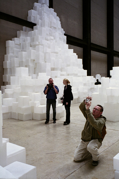 Reactions (2) to Rachel Whiteread's <i>Embankment</i>