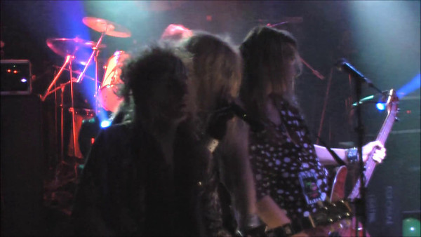 French-Kiss-4-7-2012-Iwantaction