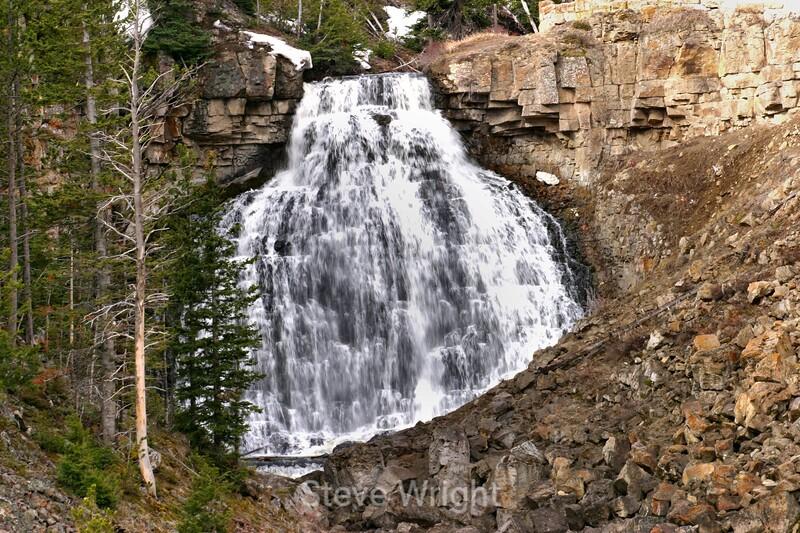 Waterfall - Yellowstone (25) D
