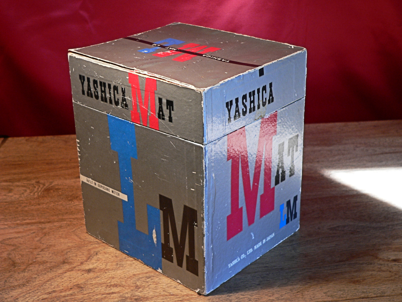 Yashica Mat LM TLR 6x6 Medium Format 120mm Roll Film Original Box (1958-1960]
