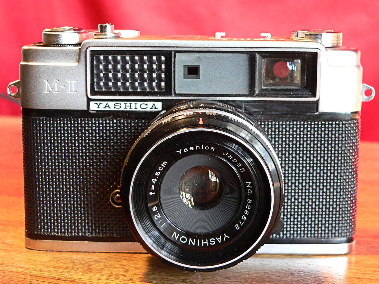 Yashica MII [AKA Minster 2] 35mm Rangefinder Front View (1962)