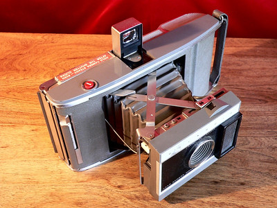 Polaroid Land Camera Model J-66  (1961-1963)