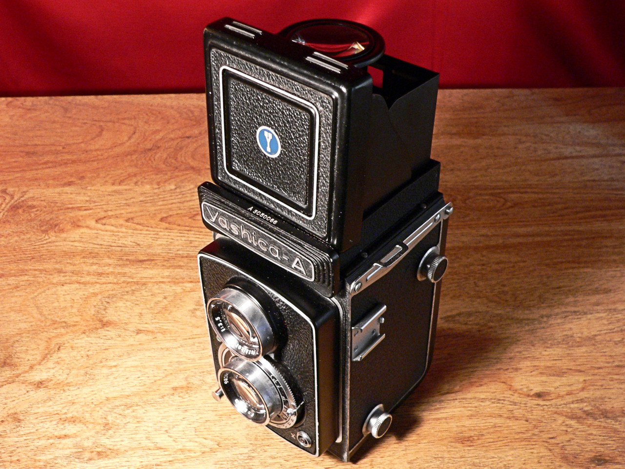 Yashica A TLR 120mm Roll Film Top-Side View (1958]
