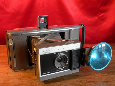 Polaroid Land Camera Model J-66  (1961-1966)
