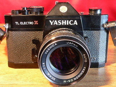 Yashica TL Electro-X ITS Black  (1973-1974)