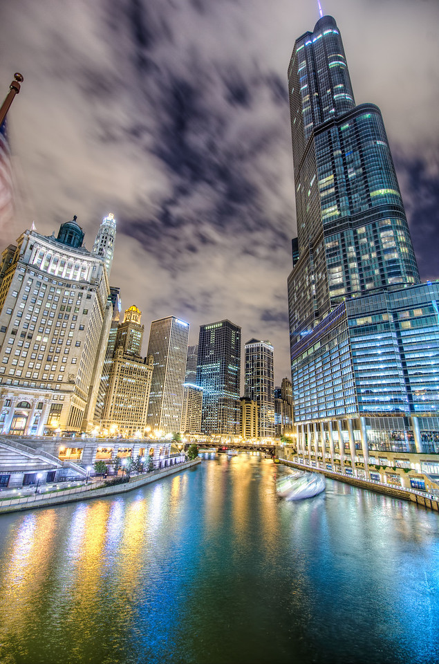 The Extreme Lights on the Chicago River