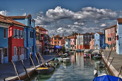 Burano, Italy -- Photo by Stephanie Roberts, http://ObsessiveHobbyist.com