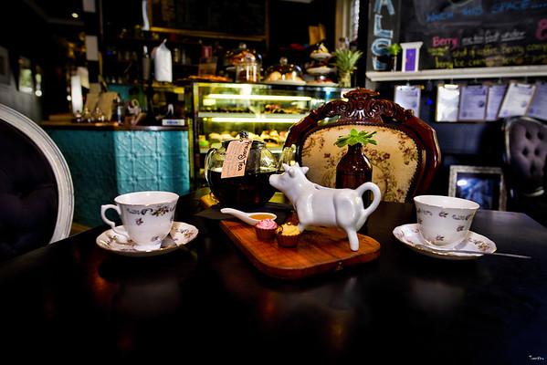 My Friend Louis Cafe