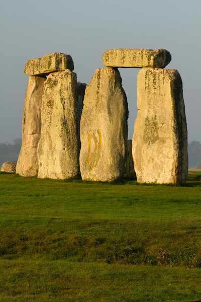 A closer picture of the Stonehenge rocks.