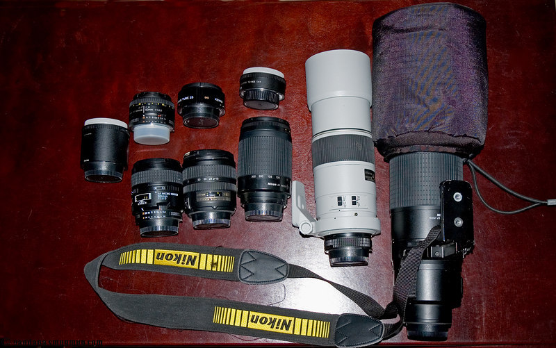 "Nikkor 70-200mm VR f2.8 Nikkor 18-35mm lens f3.5-4.5, Nikkor 24-70mm f2.8,  Nikkor 85mm f1.4  <a href=""http://nikonusa.com/template.php?cat=1&grp=5&productNr=2149"">AF-S Nikkor DX 18-70mm 1:3.5-4.5G ED</a> <a href=""http://nikonusa.com/template.php?cat=1&grp=5&productNr=1924"">AF Nikkor 70-300mm 1:4-5.6G</a> <a href=""http://nikonusa.com/template.php?cat=1&grp=5&productNr=1909"">AF Nikkor AF-S ED-IF 300mm f/4</a> <a href=""http://nikonusa.com/template.php?cat=1&grp=5&productNr=2137"">AF Nikkor 50mm 1:1.8D</a> <a href=""http://nikonusa.com/template.php?cat=1&grp=5&productNr=2146"">Nikon 200-400mm VR</a> <a href=""http://nikonusa.com/template.php?cat=1&grp=5&productNr=1987"">Macro   60mm micro-Nikkor </a>, <a href=""http://nikonusa.com/template.php?cat=1&grp=5&productNr=2129"">Nikon 1.4x Teleconverter</a>, <a href=""http://nikonusa.com/template.php?cat=1&grp=5&productNr=2130"">TC-20E Nikon II 2x TC</a>, <a href=""http://www.bhphotovideo.com/bnh/controller/home?O=productlist&A=details&Q=&sku=5524&is=REG&addedTroughType=search"">3046 Bogen/Manfrotto Tripod Legs</a>, <a href=""http://www.bhphotovideo.com/bnh/controller/home?O=productlist&A=details&Q=&sku=5258&is=REG&addedTroughType=search"">3025 3D Head</a>"