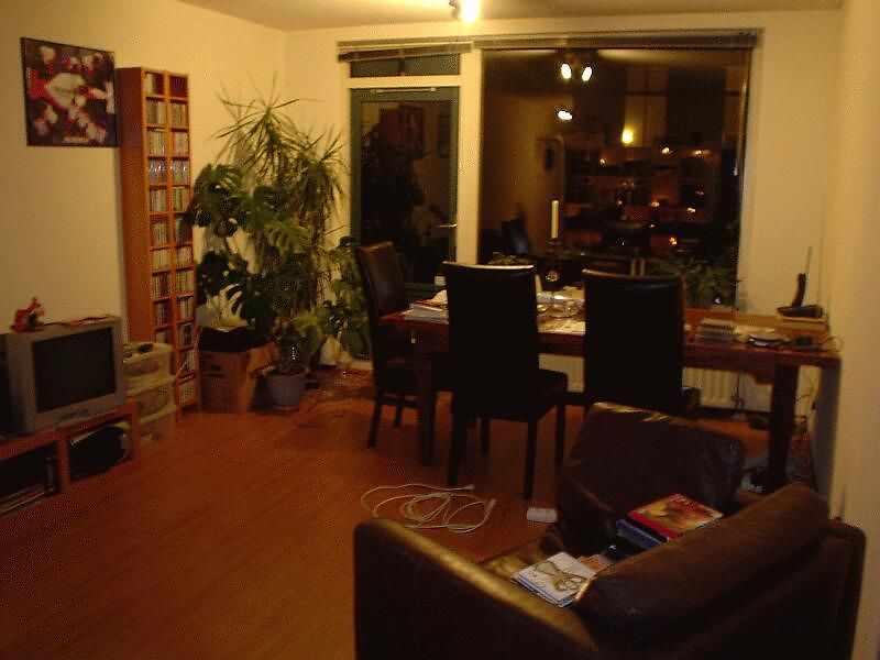 Livingroom, from the door where you enter. Table is now in the window. I'll prolly get more chairs, at least 2 more.