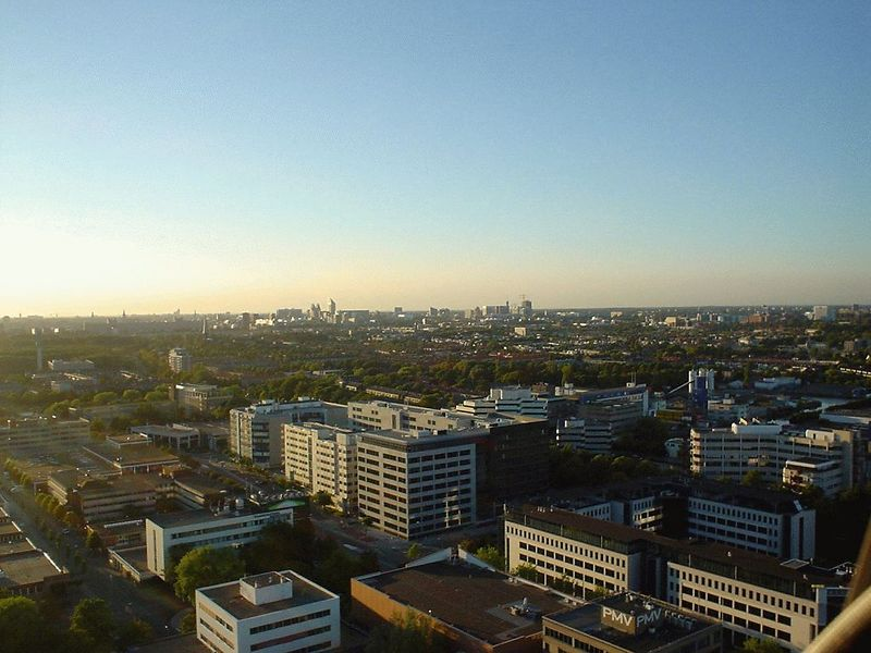 View of Rijswijk and downtown The Hague (on the horizon) from the 25th floor of the Main building of the EPO (June 11th 2003)