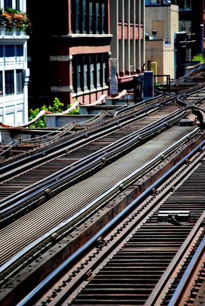 El Tracks (Chicago Ave.)