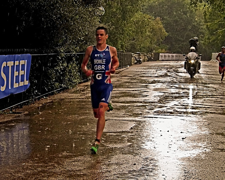 Jonny Brownlee on his way to coming 3rd in the Dextro Energy Triathlon ITU World Championship London. 2011