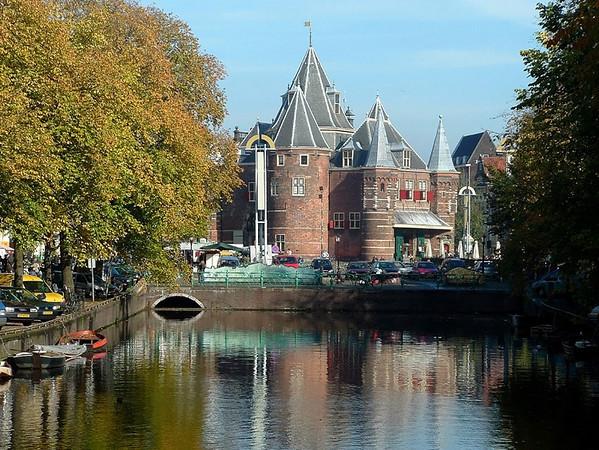 Amsterdam canal church 1