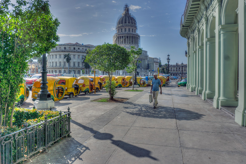 Taxis en La Habana Viejo