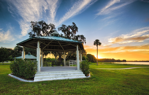 City park on Lake Henderson in Inverness, Florida.