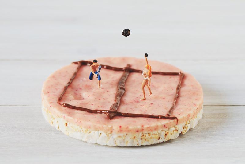 breakfast table tennis