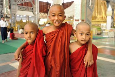 Chaukhtatgyi Pagoda, Yangon