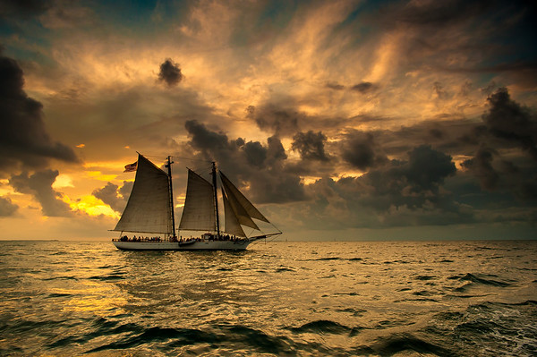 SCHOONER WESTERN UNION - KEY WEST @ SUNSET.2