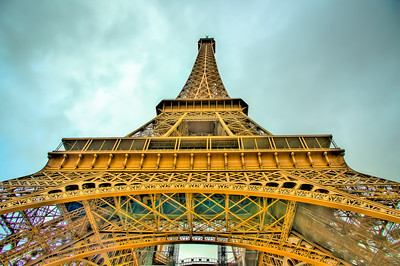 EIFFEL TOWER TOO