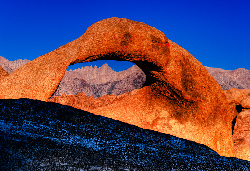MOBIUS ARCH OVER MT WHITNEY HDR