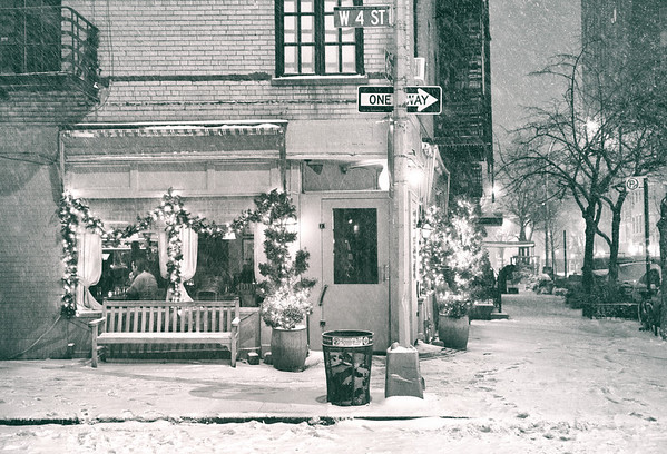 New York City - Snow at Night - Cozy Cafe