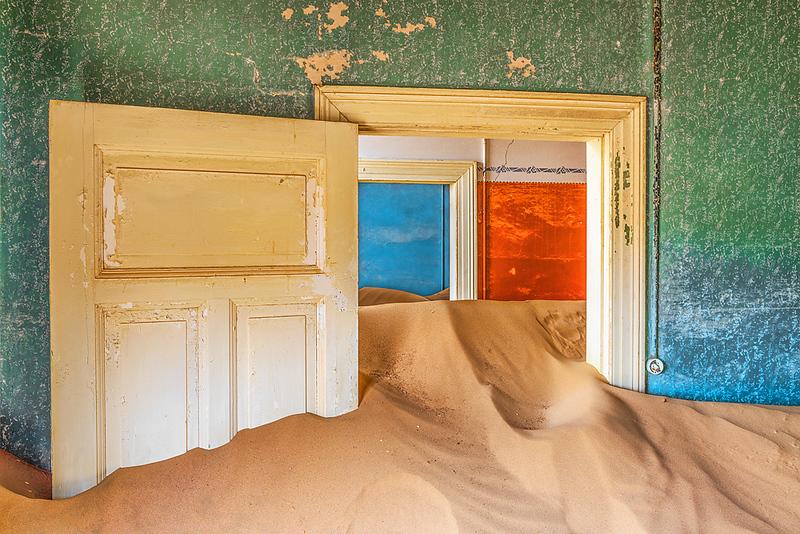 Nam 040 Sand Filled Rooms II, Kolmanskop, Namibia