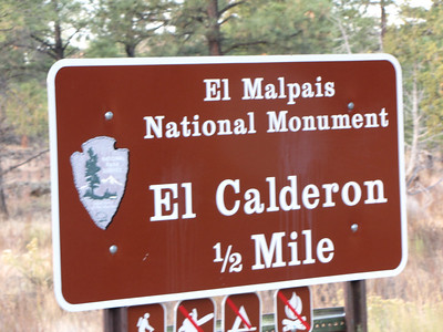 Nobody, North America, USA, New Mexico, El Malpais National Monument, Directional Sign
