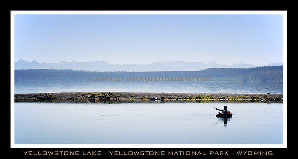 LAKE YELLOWSTONE - YELLOWSTONE NATIONAL PARK
